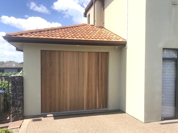 Vertical cedar garage door - Auckland - Knight Garage Doors